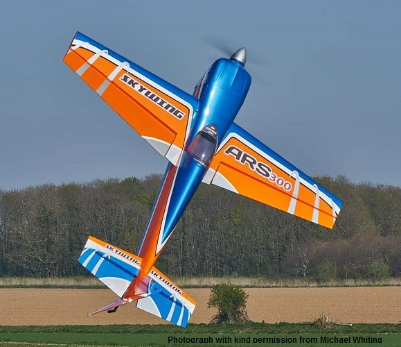 "105"" Skywing ARS 300"